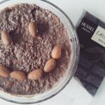 Za čokoladnu verziju možete koristiti i rastopljenu čokoladu visokog postotka kakaa